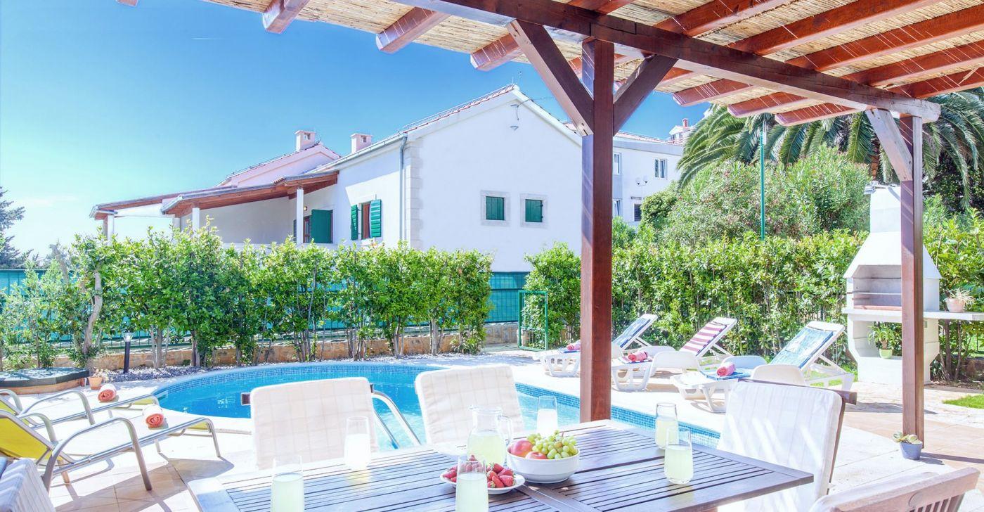 Villa Cvita mit Pool