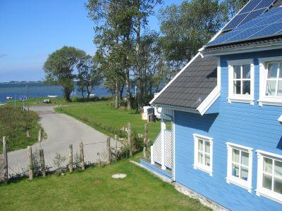 """Bild Ferienwohnung """"2 im Strandhaus-Wiek mit Balkon zum Wasser"""""""