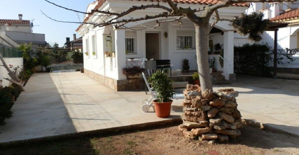 Ferienhaus Casa Cantrobella in Riumar 100 m vom Strand entfernt